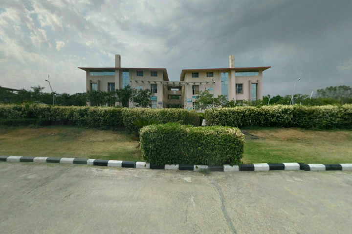 https://cache.careers360.mobi/media/colleges/social-media/media-gallery/2299/2018/10/15/College Building View of Arni School of Technology Kangra_Campus-View.png